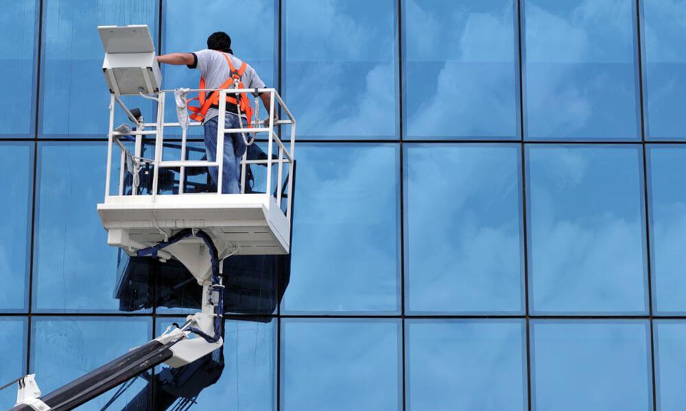 Hôtellerie gestion et suivi des prestations lavage des vitres